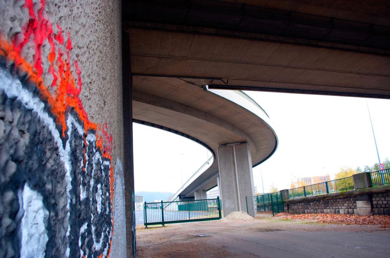 Sous le Pont Mathilde